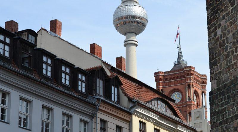 Immobilie und Fernsehturm