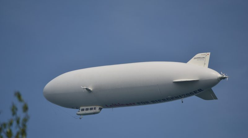 Zeppelin am Bodensee copyright Dietmar Braun db Media